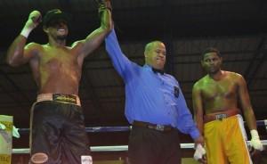 Boricua 'Kikín' Collazo logra su cuarta victoria en Dominicana